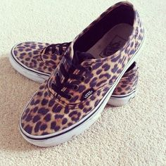 leopard Vans