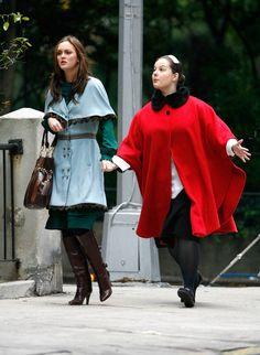 Leighton Meester and Zuzanna Szadkowski in Gossip Girl (2007)