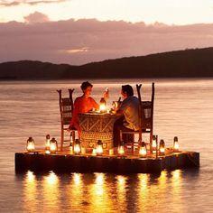 Mit wem würdet Ihr gerne den Abend so romantisch ausklingen lassen?