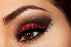 Glittery New Years Makeup using @makeup geek #eyemakeup http://www.makeupbee.com/look.php?look_id=72033
