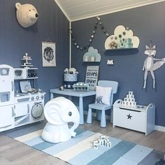 Love this blue children's bedroom, does not feel it's a boy's room at all