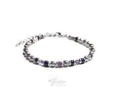 """Bracelet """"Lovely Wings"""" en améthyste et lapis lazuli par Ilmatarja, Création de Bijoux. #violet #parme #amethyst #lapislazuli #bracelet #femme #fin"""