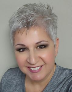 Short Hairstyles for Women Over 50 2013 No doubt, short pixie cut hair style… Hair Styles For Women Over 50, Short Hair Cuts For Women, Haircut For Older Women, Short Hair Styles, Short Cuts, Short Grey Hair, Very Short Hair, Short Blonde, Short Hair Over 50