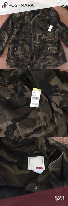 Camo Cargo Jacket Camo with gold hardware.. Lightweight never been worn did not fit me correctly still has tags BONGO Jackets & Coats Utility Jackets