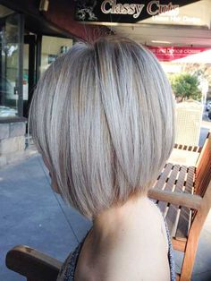 Wonderful Totally Free Ash blonde highlights with concave bob . Tips Who created the Bob hair? Bob has been leading the league of tendency hairstyles for decades. Blonde Hair With Silver Highlights, Ash Blonde Short Hair, Blonde Bob Haircut, Blonde Bob Hairstyles, Silver Blonde, Hair Highlights, Highlights 2016, Hairstyles 2018, Grey Hair