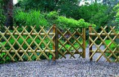 A bamboo garden fence is a fantastic addition to any garden area. It can be used in creating a boundary between your garden and the rest of your yard space. Bamboo Garden Fences, Garden Gates And Fencing, Trellis Fence, Fence Gate, Bamboo Fencing Ideas, Fence Panels, Fence Design, Garden Design, Fenced Vegetable Garden