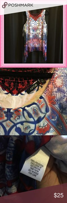 Red, white and blue top EUC perfect for summer! Red, white and blue top EUC perfect for summer! Tops Blouses
