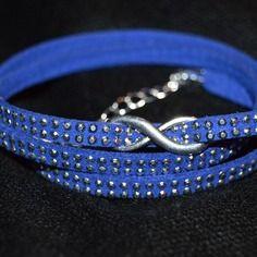 Bracelet multirangs bleu suédine strass infini