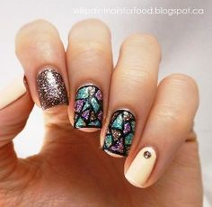 Stained glass nail art ideas | AmazingNailArt.org