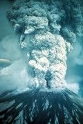 May 1980 Mt St Helens erupts! USGS Photograph taken on May by Austin Post Moses Lake Washington, Washington State, Shelton Washington, Pasco Washington, All Nature, Science And Nature, Earth Science, Natural Phenomena, Natural Disasters
