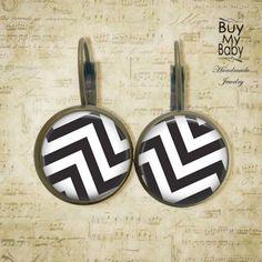 Chevron, Handmade Baby, Etsy, Stuff To Buy, Monochrome, Ear Rings, Jewelery