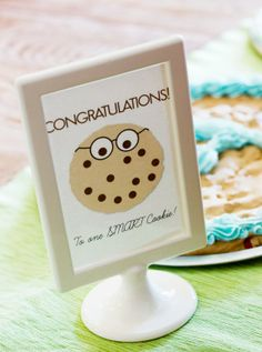 """Make """"Smart Cookies"""" to Celebrate the First Day of School on PagingSupermom.com #backtoschool"""