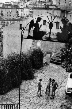 Henri Cartier-Bresson ITALY. Basilicata. Avigliano. 1973.