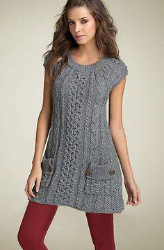 Pin by on Mode für Frauen Crochet Tunic, Crochet Clothes, Cozy Fashion, Knitting Designs, Knitting Patterns, Knit Dress, Hand Knitting, Knitwear, Short Sleeve Dresses