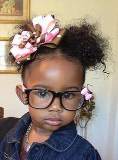 Hippe glasses & with matching bow, too cute. to not Repin❤. @CurlKit #Curlycuties
