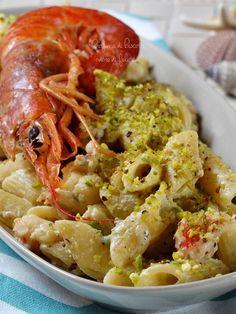 pasta con gamberoni e pistacchi