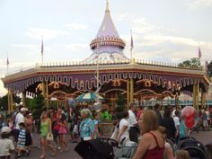 Cinderella's Golden Carousel, Fantasyland, Magic Kingdom, WDW.