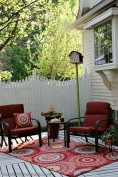 How to Build a DIY Pallet Deck | POPSUGAR Home