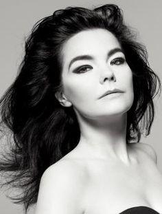 Bjork (born as Björk Guðmundsdóttir, - Icelandic singer-songwriter, multi-instrumentalist and producer. Photo by Inez van Lamsweerde Vinoodh Matadin Britney Spears, Artistic Photography, Portrait Photography, Les Beatles, News Track, Female Singers, Music Is Life, Music Music, Music Icon
