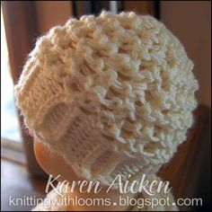 Knitting With Looms: Cream Lacy Hat