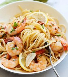 Shrimp Scampi (with White Wine Sauce!) — Easy Weeknight Shrimp Scampi (with White Wine Sauce!) — Easy Weeknight Shrimp Scampi (with White Wine Sauce!) — Easy Weeknight Shrimp Scampi (with White Wine Sauce! Best Shrimp Recipes, Easy Chicken Recipes, Easy Healthy Recipes, Seafood Recipes, Dinner Recipes, Healthy Food, Shrimp Scampi Without Wine, Shrimp Scampi With White Wine Recipe, Chicken Thights Recipes