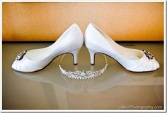 quinceanera crowns and shoes