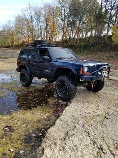 Play day! Jeep Xj Mods, Jeep Wj, Jeep Wagoneer, Jeep Truck, Jeep Wrangler, Jeep Cherokee Laredo, Jeep Grand Cherokee Zj, Jeep Images, Jeep Vehicles