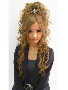 ティアラハーフアップ盛り L000444672 ラチャウ La Ciau のヘアカタログ ホットペッパービューティー 盛り 髪 グランジヘアー ヘアースタイル
