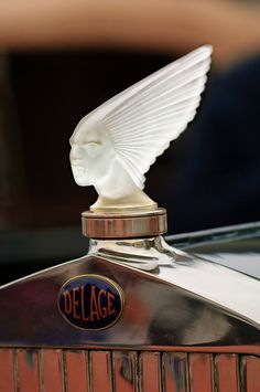 """Rene Lalique """"Spirit of the Wind - Victoire"""" Hood Ornament"""