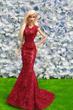 Grown-outfit-dress for fashionroyalty silketston doll