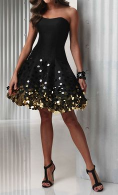 Sparkle party dress - gold and black = dynamic look due to good contrast New Years!?