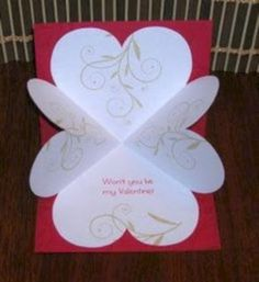 Heart Explosion Card Tutorial via Victorine StampsDIY Card : DIY: Heart Explosion Card Great Template and instructions!Here's a fun card to make. It's a classic explosion card, but uses heart shapes. This is a great card for Valentine's Day. Pop Up Cards, Love Cards, Diy Cards, Valentines Day Cards Handmade, Valentines Diy, Pop Up Valentine Cards, Valentine Nails, Molduras Vintage, Karten Diy