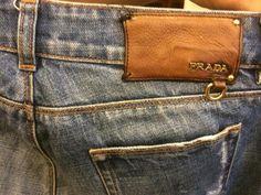 Prada Jeans Garra, Denim Jeans, Denim Fashion, Fashion Photo, Piel Natural, Leather Label, Leather Jeans, Blue Jeans, Men Jeans