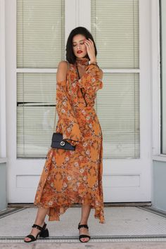 New outfit post is live on my blog! http://leprettystellar.com/burnt-orange-veuve-clicquot-carnaval-video/