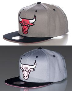 best service 0ce93 30e88 Authorized Mitchell And Ness retailer. MITCHELL AND NESS Reflective Chicago  Bulls snapback cap Basketball NBA