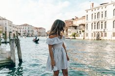 Venezia-Striped_Dress-Off_The_Shoulders-Collage_On_The_Road-Chloe_Bag-Outfit-27