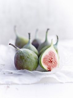Fresh figs, one sliced – License high-quality food images for your projects – Rights managed and royalty free – 11398744 Dried Figs, Fresh Figs, Fig Varieties, Colorful Desserts, Fruits Photos, Fruit Picture, Fig Recipes, Black Food, Just Eat It