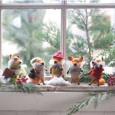 Foxy Fellows Ornament Set