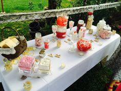 Wedding lolly bar love!