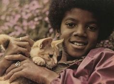 48 Undeniable Facts About Michael Jackson, The King Of Pop - Page 4 of 48 Michael Jackson 2016, Facts About Michael Jackson, The Jackson Five, Jackson Family, Mike Jackson, Celebrities Then And Now, Chor, King Of Music, The Jacksons