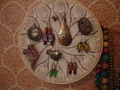 Doily jewelry display
