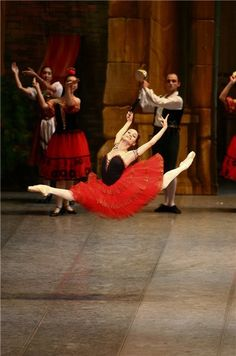 Maria Kochetkova - San Francisco Ballet...this chick is a freak of nature