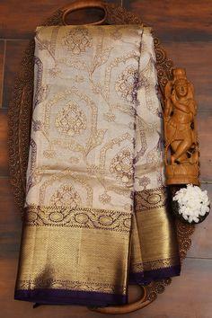 Kanjivaram Sarees Silk, Indian Silk Sarees, Soft Silk Sarees, Gold Silk Saree, Wedding Silk Saree, Cotton Saree Designs, Pattu Saree Blouse Designs, Latest Silk Sarees, Silk Sarees Online