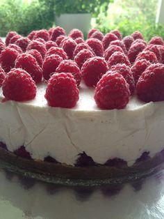 bringebærdrøm Oreos, Raspberry, Cheesecake, Low Carb, Sweets, Baking, Desserts, Recipes, Food