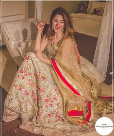 The ever so stunning Pakistani Fashion Party Wear, Pakistani Wedding Outfits, Pakistani Dress Design, Pakistani Dresses, Indian Dresses, Stylish Dresses For Girls, Wedding Dresses For Girls, Simple Dresses, Girls Dresses