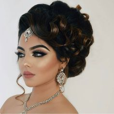 awesome 35 Trendiest Curly Updos Of All Time -- Be The Prettiest Check more at http://newaylook.com/best-curly-updos-hairstyles/
