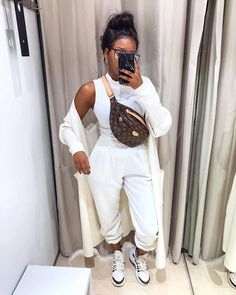 This white jokers is everything, Jean is good but sometimes you need good jokers to look smatter White fire joggers UK To place your order, kindly slide into our DM or contact us on Call/whatsapp 08068897375 Chill Outfits, Mode Outfits, Trendy Outfits, Sporty Outfits, Modelos Fashion, Elegantes Outfit, Winter Fashion Outfits, Mode Inspiration, Everyday Outfits
