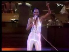 I'm alive, I want to sing, I want to disco! Diana Ross - The Boss. She's the Disco Queen Diana Ross Supremes, Disco Songs, Jazz Hip Hop, Studio 54, October 20, Gospel Music, 70th Birthday, Motown, Listening To Music