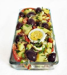 Oriental salad with pickled cucumbers My dear recipes Fruit Salad, Cobb Salad, Romanian Food, Romanian Recipes, Oriental Salad, Pickling Cucumbers, Food Art, Food And Drink, Cooking Recipes