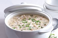 Zadělávané dršťky | Apetitonline.cz Cheeseburger Chowder, Oatmeal, Soup, Breakfast, The Oatmeal, Morning Coffee, Rolled Oats, Soups, Overnight Oatmeal